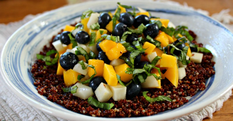 Blueberry Mango Quinoa with Citrus