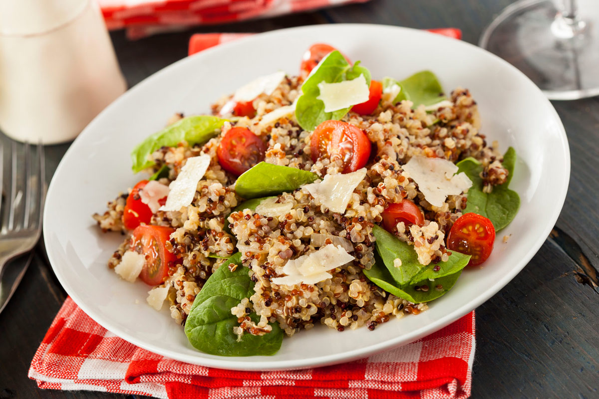Quinoa Tomato and Spinach Salad