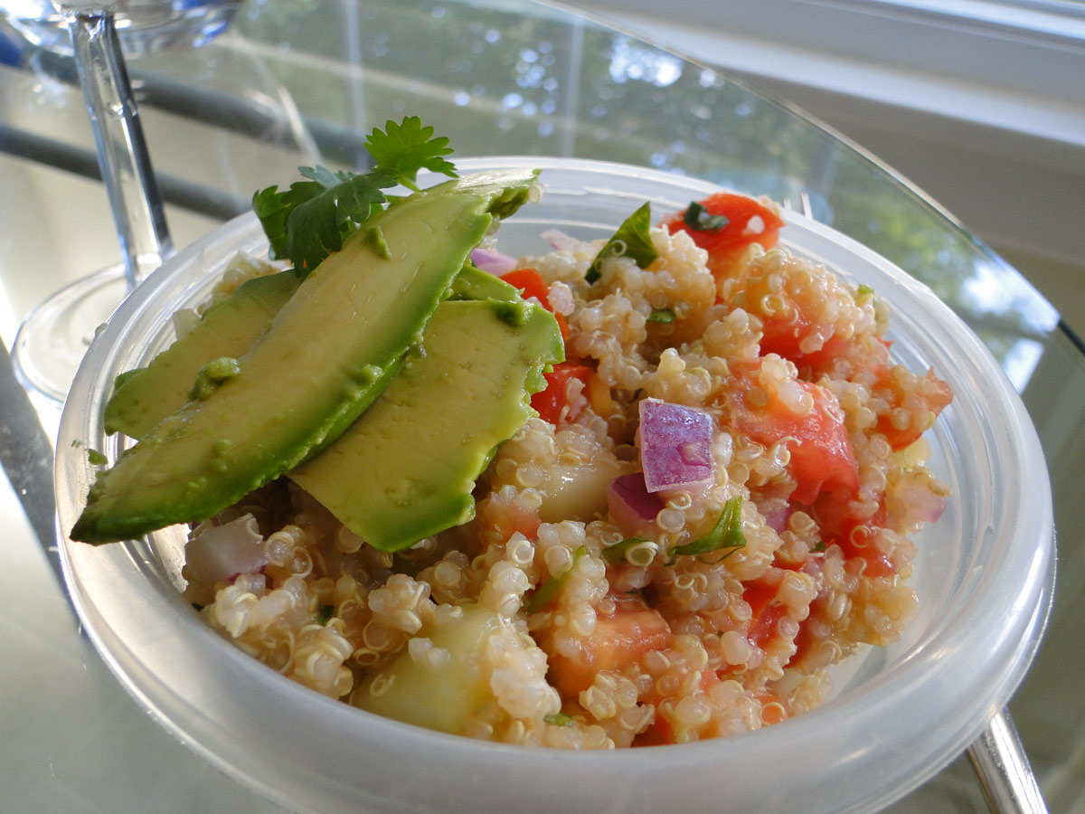Spicy Quinoa Cucumber Tomato Salad