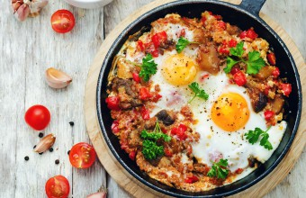 Quinoa, Mushroom and Tomato Bowl with Eggs